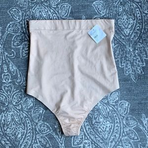 SPANX #10196R Suit Your Fancy High Waist Thong M